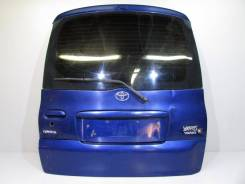 Накладка на стоп-сигнал. Toyota Yaris Verso Toyota Yaris. Под заказ