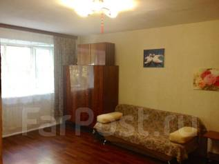1-комнатная, улица Серышева 76. Центральный, частное лицо, 35 кв.м. Комната