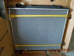 Радиатор охлаждения двигателя. Mitsubishi Delica, PD8W Двигатель 4M40