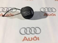 Крышка топливного бака. Audi: A8, Coupe, S8, A5, A4, S4, S5, RS4, RS5, A4 allroad quattro, Quattro, Q5