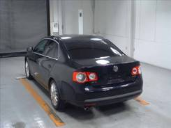 Стекло боковое. Volkswagen Jetta