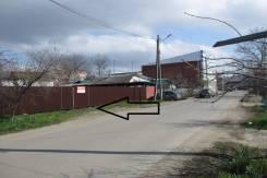 Продаю земельный участок с фундаментом. 400 кв.м., собственность, электричество, вода, от агентства недвижимости (посредник)