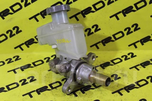 Цилиндр главный тормозной. Suzuki Escudo, TA74W, TD54W, TD94W Suzuki Grand Vitara, TA04V, TA0D1, TA44V, TA74V, TA7D1, TAA4V, TD041, TD042, TD044, TD04...