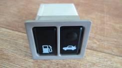 Кнопка открывания багажника. Toyota: Origin, Pronard, Brevis, Progres, Avalon Двигатели: 2JZGE, 1MZFE, 2JZFSE, 1JZFSE, 1JZGE, 2GRFE