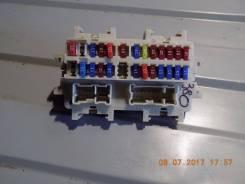 Блок предохранителей салона. Infiniti FX45, S50 Infiniti FX35, S50