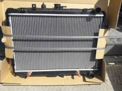 Радиатор охлаждения двигателя. Mazda Bongo, SKF2T, SKF2V, SK82L, SK22M, SK22L, SK82V, SKF2L, SK82T, SKF2M, SK82M, SK22V, SK22T Двигатель F8E