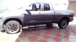 Продам подножки злектро складные. Toyota Tundra