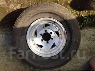 Продам 2 колеса 275/70/R16 на литых дисках. 7.0x16 6x139.70 ЦО 110,0мм.