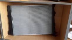 Радиатор охлаждения двигателя. Hyundai ix35