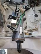 Личинка замка. Toyota Crown Majesta, UZS171