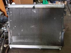 Радиатор охлаждения двигателя. Mazda RX-7
