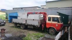 Hino Ranger. Бортовой грузовик с Манипулятором, 7 000 куб. см., 5 000 кг.