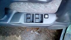 Блок управления стеклоподъемниками. Nissan Primera, P11, P11E