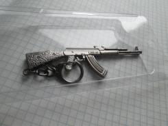 Брелок для ключей . АК-47 .