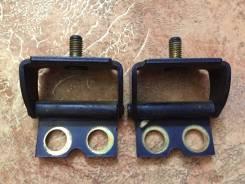 Крепление двери багажника. Daihatsu YRV, M200G, M201G