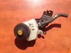 Бачок для тормозной жидкости. Honda Fit, GE6 Двигатель L13A