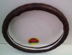 Чехол (оплетка) на руль кожзам коричневая глянцевая размер M 37-38 см арт D03