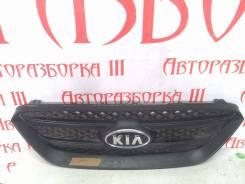Решетка радиатора. Kia Carens, FG Двигатели: D4EA, G4KA, G4FC