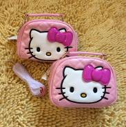 Сумочка Hello Kitty для модницы.