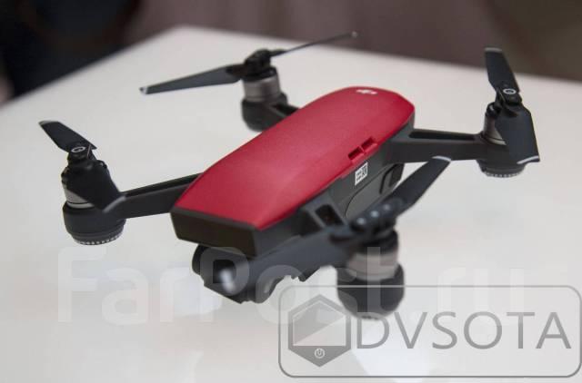 Новый, Маленький, Доступный! Квадрокоптер DJI Spark Fly More Combo Red