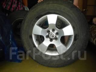 Продам комплект шин с литыми дисками. x16 ET30
