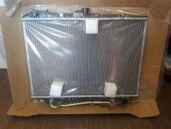 Радиатор охлаждения двигателя. Isuzu Wizard