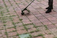 Очистка брусчатки от травы грязи и т. п.