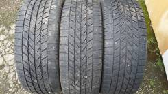Toyo Winter Tranpath M2. Зимние, без шипов, 2010 год, износ: 50%, 3 шт