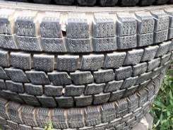 Dunlop SP LT 02. Зимние, без шипов, износ: 10%, 4 шт