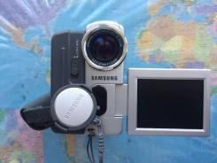 Samsung VP-D323i. Менее 4-х Мп, с объективом