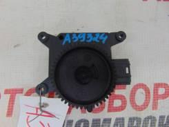 Мотор заслонки отопителя Opel Zafira B 2 2005-2014г