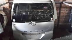 Дверь багажника. Toyota Noah, AZR60, AZR60G, AZR65G, AZR65
