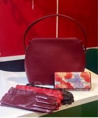 Продам действующий бизнес-магазин сумок российского производства