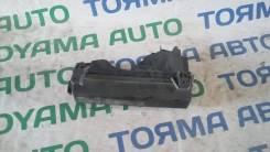 Блок предохранителей под капот. Toyota Camry, SV41