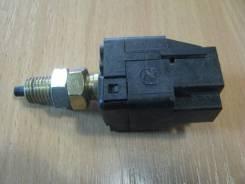 Датчик включения стоп сигнала Subaru Forester (S12-SH)