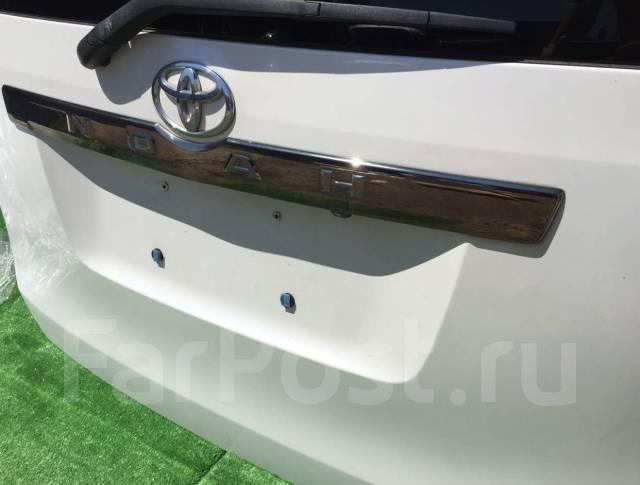 Дверь багажника. Toyota Voxy, ZRR70, ZRR75 Toyota Noah, ZRR75G, ZRR75W, ZRR70G, ZRR70W, ZRR70, ZRR75 Двигатели: 3ZRFAE, 3ZRFE