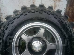 Продам комплект шикарной грязевой резины на выносном литье (-25). x16
