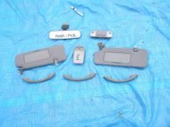 Кронштейн козырька солнцезащитного. Toyota Mark II, GX115, JZX115, GX110, JZX110