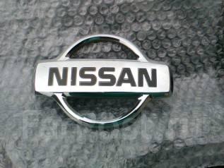 Эмблема решетки. Nissan Serena, PC24, PNC24, RC24, TC24, TNC24, VC24, VNC24 Двигатели: QR20DE, QR25DE, SR20DE, YD25DDTI2WD, YD25DDTI4WD