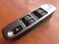 Блок управления стеклоподъемниками. Mitsubishi Pajero, V73W Двигатель 6G72