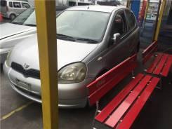 Щиток приборов (приборная панель) Toyota Yaris 1999-2006