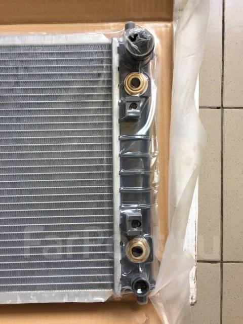Радиатор охлаждения двигателя. Mazda Millenia, TA5A, TA5P, TAFP, TA3A, TA3P Mazda Luce, LA4MV, LA4SV, TA3A Mazda Eunos 800, TA5A, TA3P, TA5P, TA3A, TA...