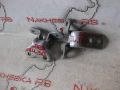Крепление боковой двери. Toyota Prius, ZVW30L, ZVW30