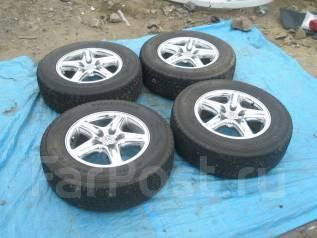 Комплект дисков Toyota 215/70R16 + резина зима!. 6.5x16 5x114.30 ET35
