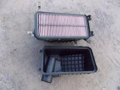 Корпус воздушного фильтра. Toyota Ipsum, SXM10, SXM10G