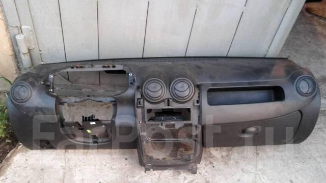 Панель приборов. Renault Sandero Renault Logan Лада Ларгус