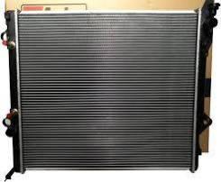 Радиатор охлаждения двигателя. Toyota 4Runner, VZN180, RZN185, RZN180, VZN185 Toyota Land Cruiser Prado, RZJ95, RZJ95W, RZJ90W, VZJ90, VZJ90W, VZJ95...