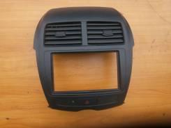 Кнопка включения аварийной сигнализации. Mitsubishi RVR, GA2W, GA3W Mitsubishi ASX, GA1W, GA2W, GA3W Двигатель 4B10