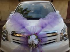 Красивые свадебные украшения на автомобиль