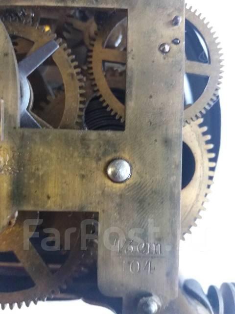 Продам старинные антикварные механические часы. Оригинал